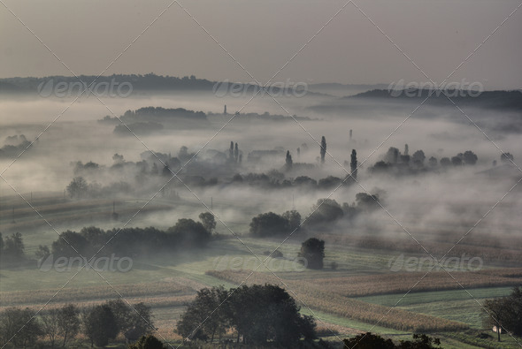 Morning fog in the valley - sleepy hollow - Stock Photo - Images