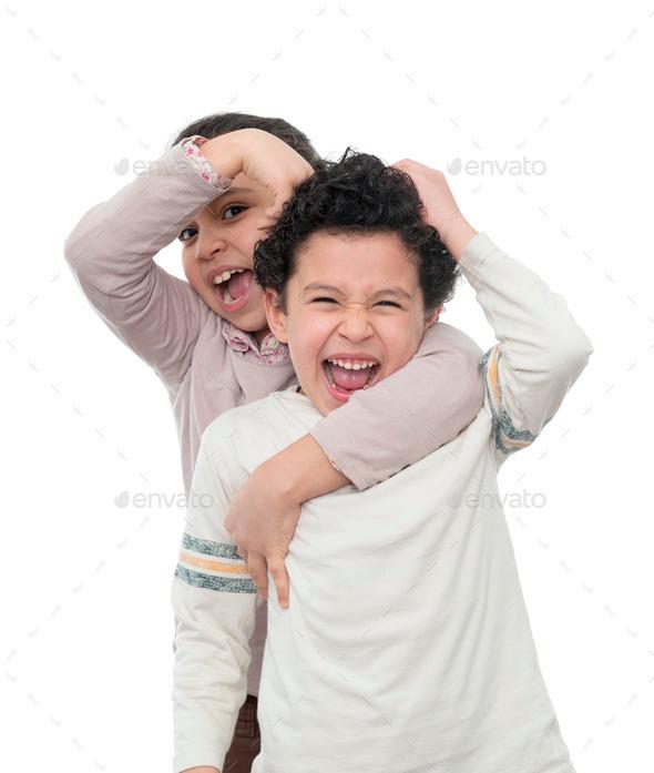 Сонник драться с сестрами