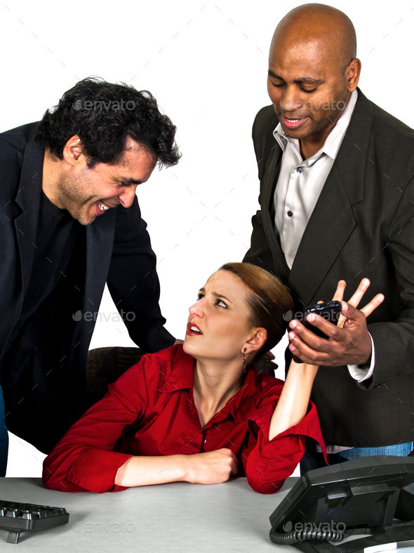 seksualnoe-domogatelstvo-v-ofise