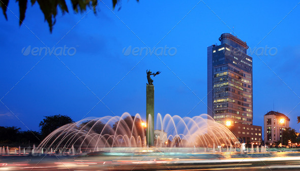 thamrin rounRound about fountain in the citydabout - Stock Photo - Images
