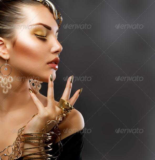 PhotoDune Gold Makeup Fashion Girl Portrait 3019350