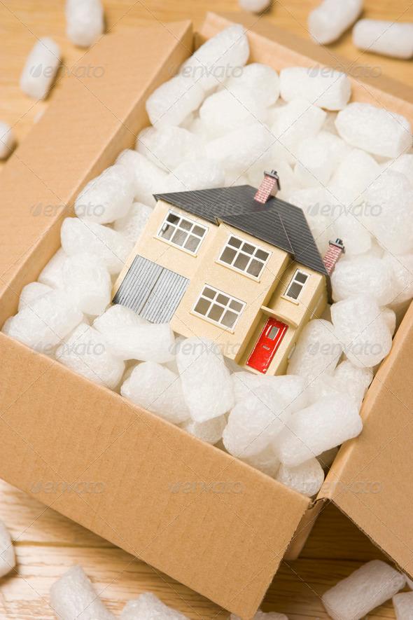 PhotoDune Moving House 323959