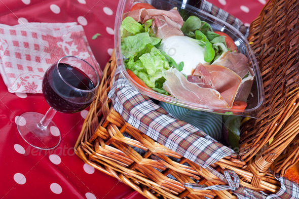 Pic-nic basket - Stock Photo - Images