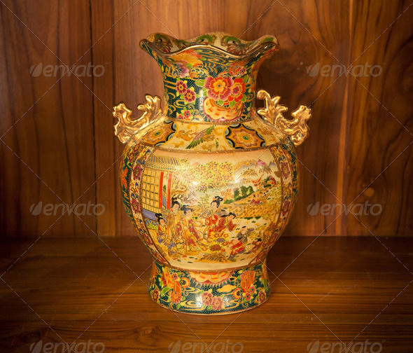 Chine vase gold - Stock Photo - Images