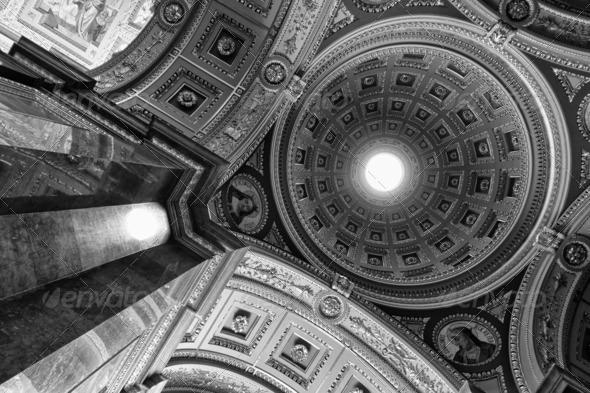 PhotoDune St Stephen s Basilica Budapest monochrome 3653935