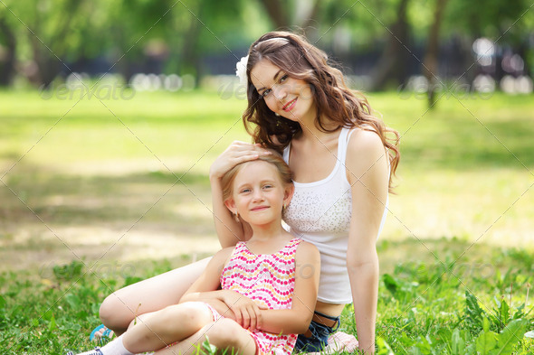 PhotoDune Mother and daughter in the park 3717436