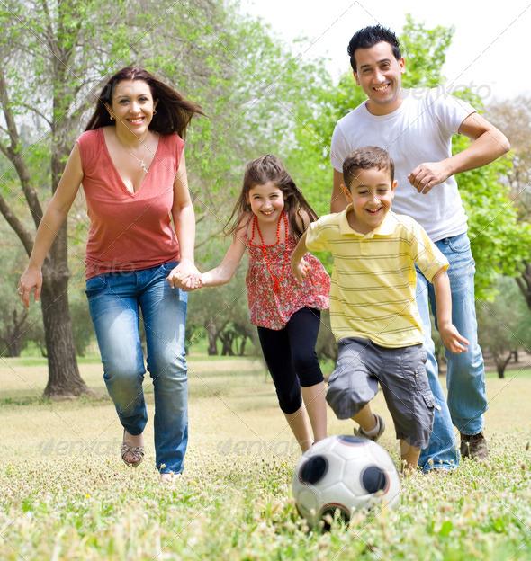 PhotoDune Happy Family 408470