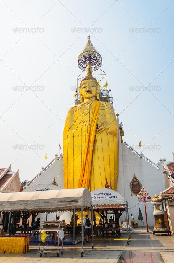 PhotoDune Big statue 3867176