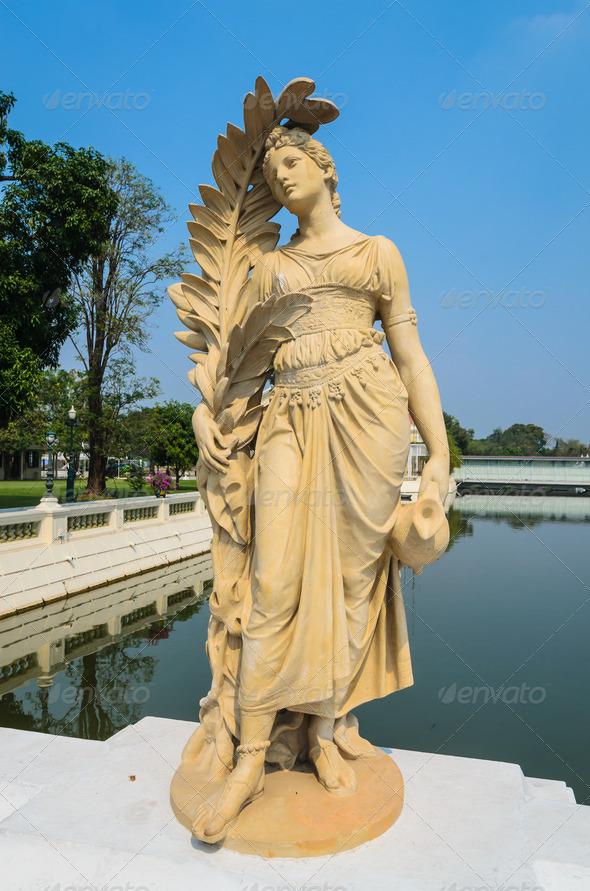 PhotoDune Statue 3883504