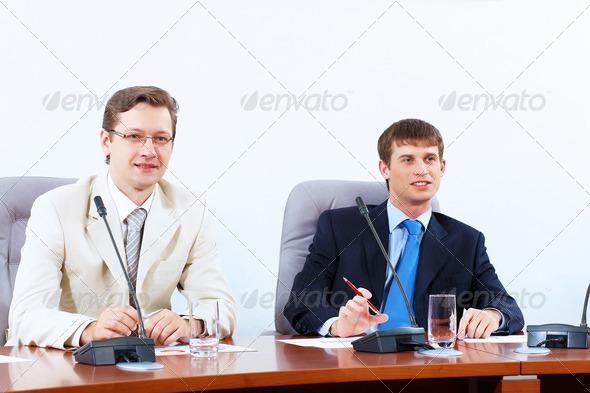 PhotoDune Two businessmen at meeting 4004896