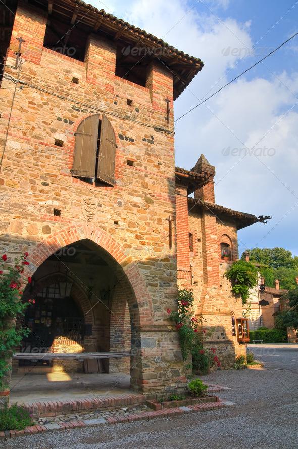 PhotoDune Alleyway Grazzano Visconti Emilia-Romagna Italy 4048770