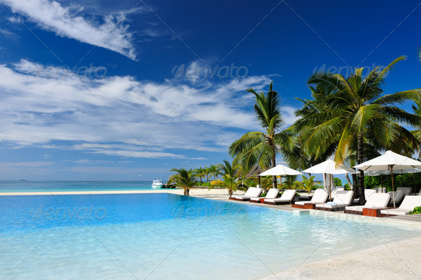 PhotoDune Luxury tropical swimming pool 4229679