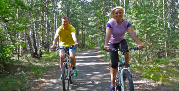 VideoHive Cycling Couple 5479947