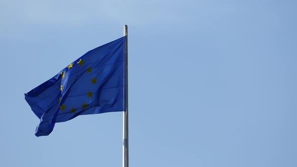 EU Flag - Blue Sky - Metal Pole - Special Events Arkistofilmit