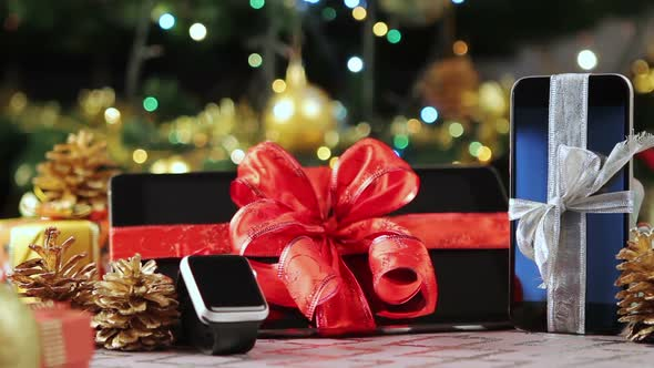 Tablet Pc Smart Phone and Smartwatch for Christmas 4