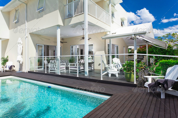 Swimming pool and entertaining area