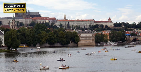 Charles Bridge and Prague Castle 8