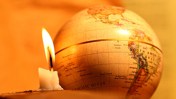 VideoHive Candle With Globe 8608987