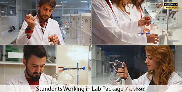Students Working in Lab 7