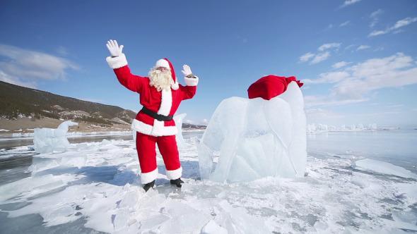 Dancing Santa Claus 3
