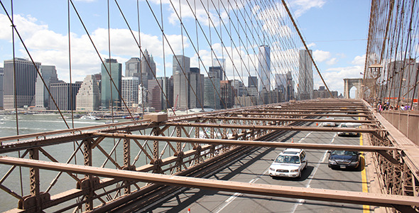 Brooklyn Bridge Daytime Traffic