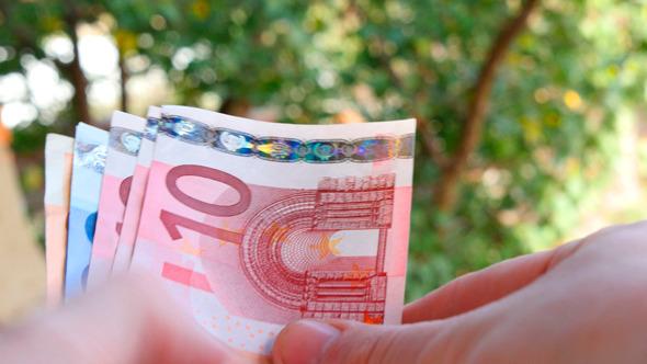Hands Recount Banknote Euros