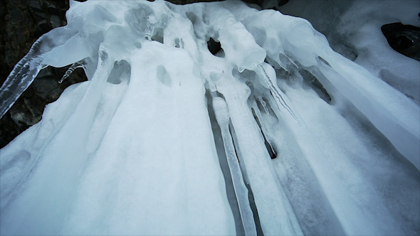 Panorama of Hanging Icicle 2