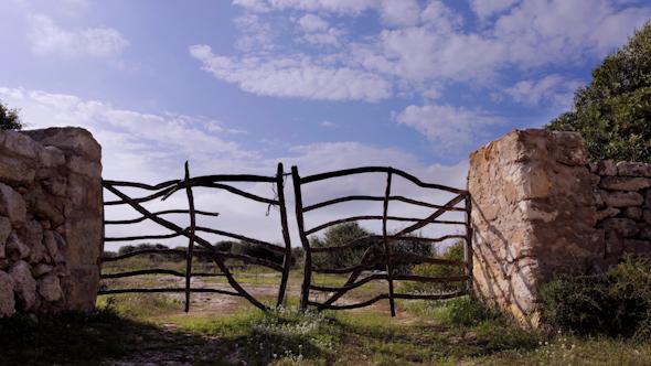 Farm Gate 01