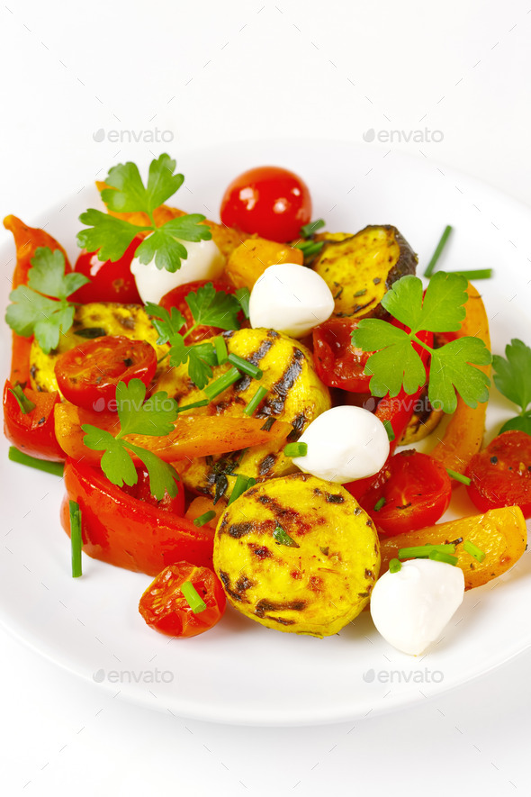 Grilled vegetables with mozzarella cheese