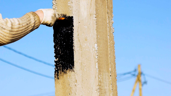 VideoHive Water-Proofing A Pile With Bitumen Tar Mastic 9526947