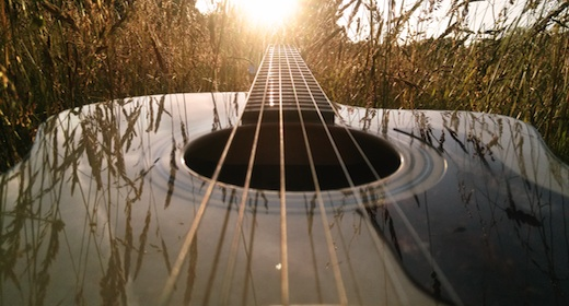 Acoustic Delayed Guitar