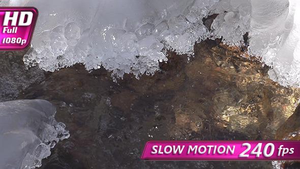 VideoHive Icy Shore Near the Stream 9702732