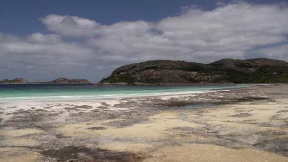VideoHive Pan Of Lucky Bay Beach In Cape Le Grand National Park 9705997