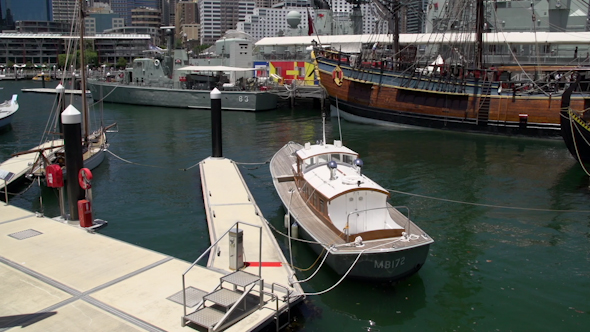 VideoHive Tilt From Darling Harbour National Maritime Museum To Sydney Tower And Skyline 9706327