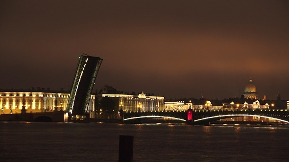 Troitsky Drawbridge Saint-Petersburg 4