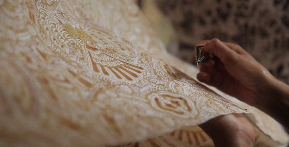 Drawing Gold Batik