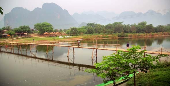 Easygoing Daily Life of Vang Vieng Laos 5