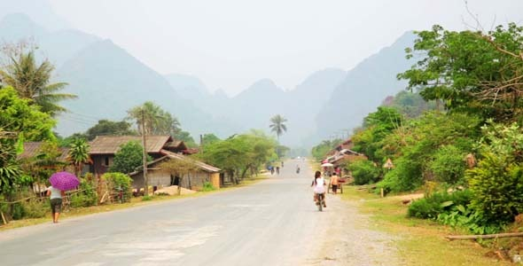 Easygoing Daily Life of Vang Vieng Laos 14