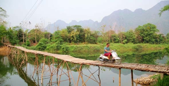 Easygoing Daily Life of Vang Vieng Laos 10