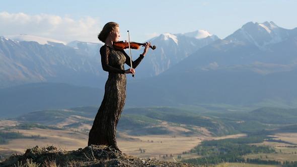 Violinist 13