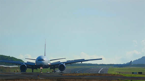 VideoHive Taxiing 9990701