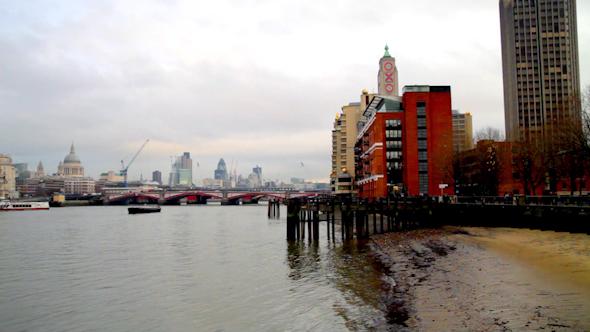 London Pano 06