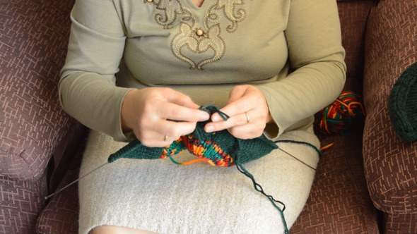The Woman Knits