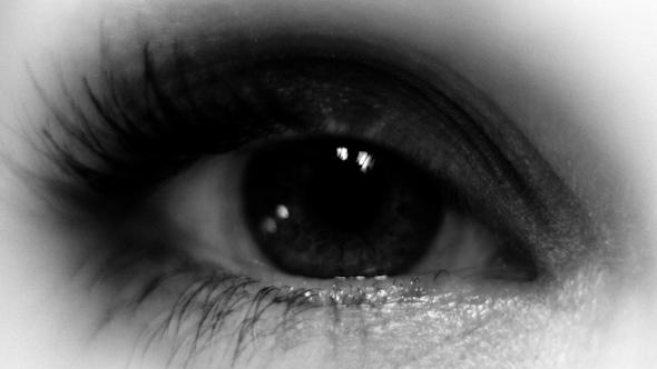 Seanna Eye 01