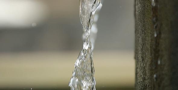 Water Flowing 02