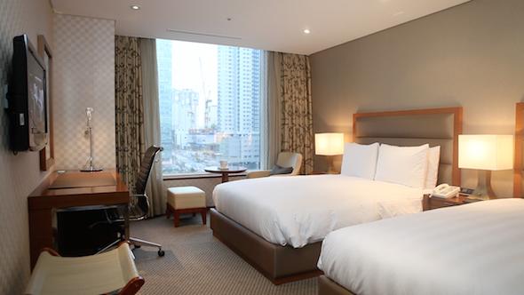 Hotel Room 02