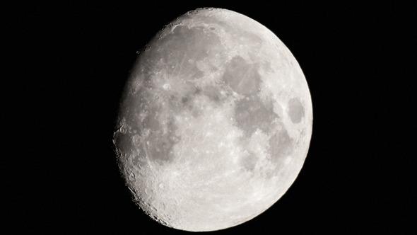 Moon & Zoom