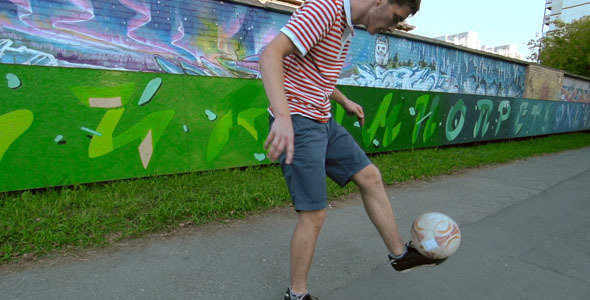 VideoHive Juggling a Football 10119344