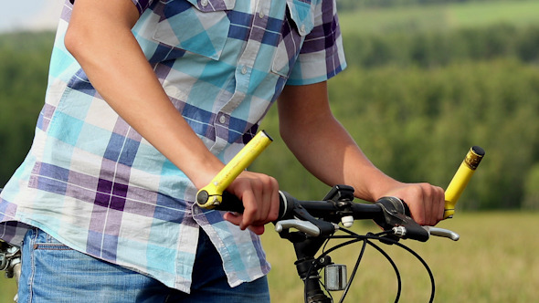 VideoHive Boy With Bicycle 13 10121314