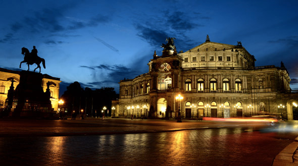 VideoHive Day to Night in City Dresden 10123631